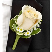 Boutonniere-white-single-rose